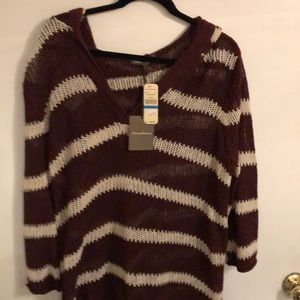 NWT Tommy Bahamas burgundy hooded knit sweater